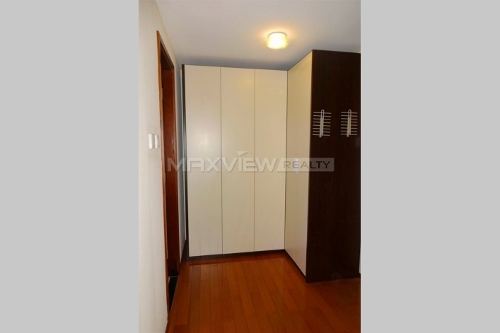 Blue Castle International | 蓝堡国际公寓 1bedroom 136sqm ¥16,000 BJ0001208