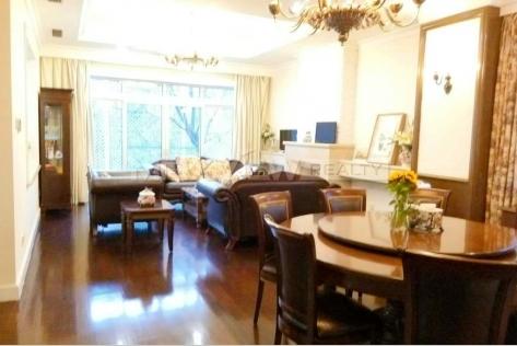 Stunning 5br 596sqm Le Leman Lake Villa house rent Beijing