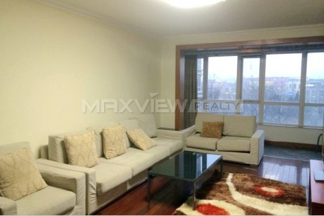 Luxury Apartment for Rent in Landmark Palace