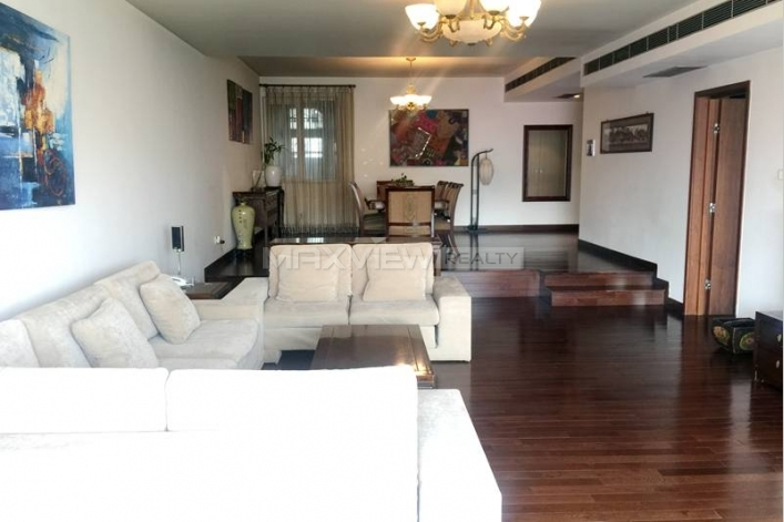 4br Park Apartment for rent