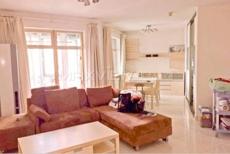 Rent a excellent apartment of Lakeside Garden in Beijing