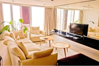 Beijing SOHO Residence 2bedroom 220sqm ¥35,000