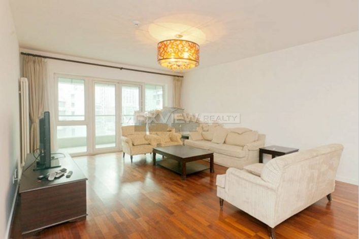 Rent smart 4br 288sqm Central Park apartment in Beijing