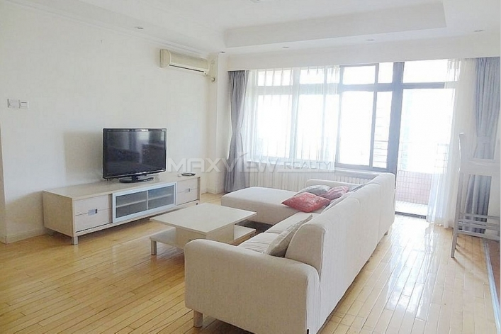 A smart 2brapartment rental in Parkview Tower apartment in Beijing