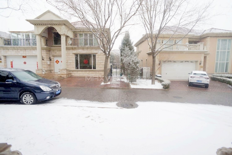 Beijing villa rent Grand Hills