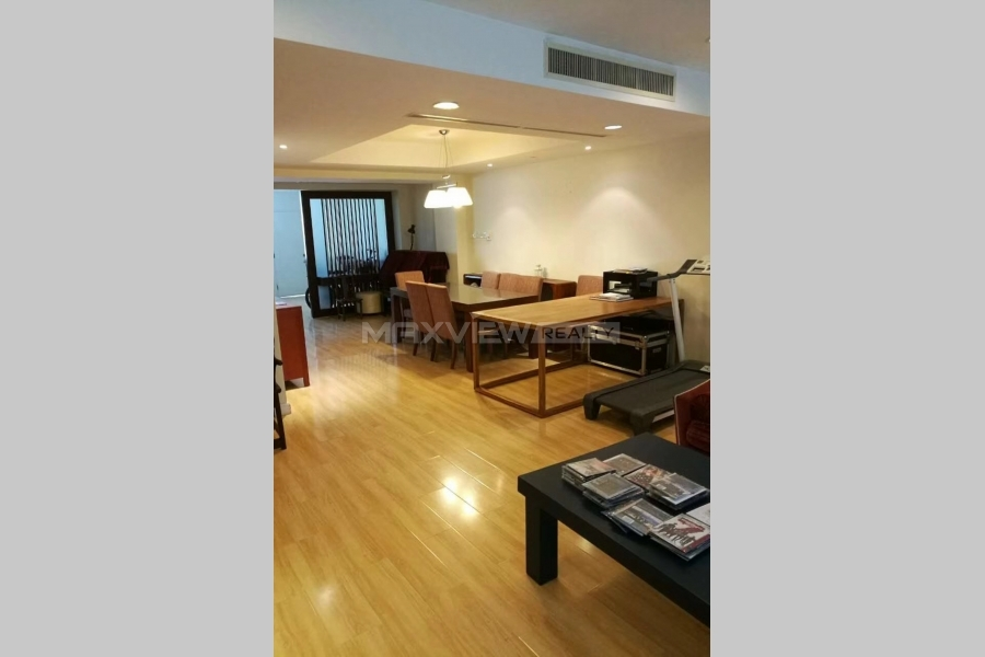 Beijing Riviera 3bedroom 200sqm ¥38,000 BJ0003388