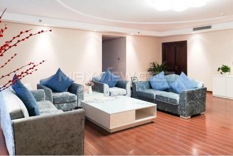 Bai Fu Yi Hotel