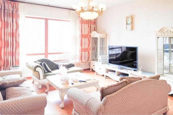 蓝堡国际公寓