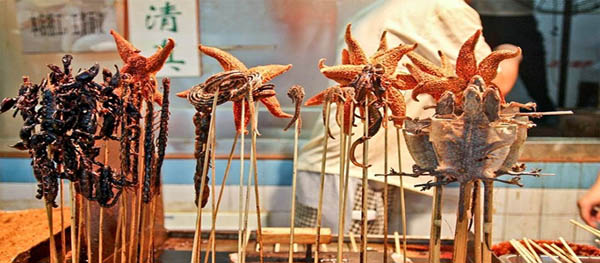 Wangfujing night market to close at end of June