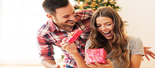 Chinese Gift-Giving: What Not to Buy